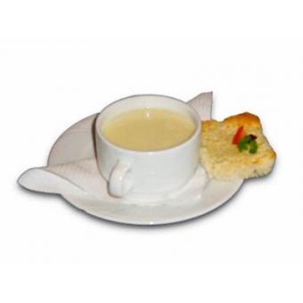 Fokhagymás sajtleves sonkakockával